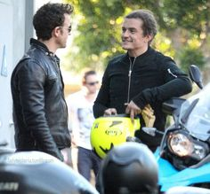 Orlando Bloom with Justin Theroux.