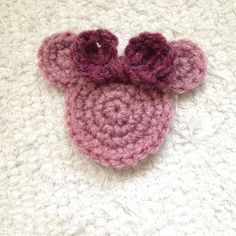How to crochet Minnie Mouse appliqué
