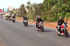 The very first meet and ride of Mojo Tribe Mangalore.   Over 10 Mojo Tribe Riders Got together and road along the Tannirbhavi Beach Stretch Stopped for Breakfast at Mulky and the rest continued to the hills towards Kudremukh.    Keep Following the page for more updates: http://ift.tt/2peT8Uc  Instagram: http://ift.tt/2ouHRwl  #MojoTribeMangalore #MojoTribe #Mangalore #MahindraMojo #TajMotors