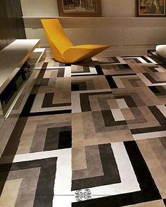 Um tapete não é só um tapete... Aqui o tapete AO188 expressando todo o conceito do décor... Venha personalizar o seu! . #tapetes #puntoefilomaisquetapetes #degradetecidosedecoracoes #homestyle #homedecor #interiordesign #cuiaba #rugs #lifestyle #AO188
