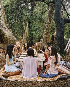 boho bridal shower {ladies lunching in the garden}