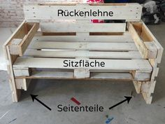 Möbel aus Paletten bauen – Anleitung Building furniture from pallets – nothing easier than there. Here you will find the instructions for furniture made of europallets. ≥ Terrace made of pallets s♥ Garden furniture made of palletDIY outdoor furniture Diy Outdoor Furniture, Pallet Furniture, Furniture Projects, Garden Furniture, Building Furniture, Furniture Making, Diy Pallet Projects, Pallet Ideas, Wood Projects