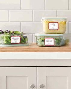 Spring Cleaning tips Martha Stewart Home, Kitchen Labels, Home Organization Hacks, Organising Ideas, Food Labels, Convenience Food, Kitchen Hacks, Spring Cleaning, Getting Organized
