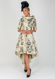 Fashion forward and elegant, this head turning dress would be a stylish choice for a modern Mother of the Bride or Groom accessorised with a navy head Blue Bridesmaid Dresses Uk, Wedding Dresses With Straps, Wedding Dresses For Girls, Mothers Dresses, Bride Dresses, Lace Dresses, Cute Running Outfit, Indian Wedding Guest Dress, Winter Wedding Attire