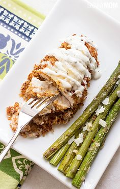 This is a great chicken recipe for a healthy dinner, breaded in cooked/roasted quinoa.