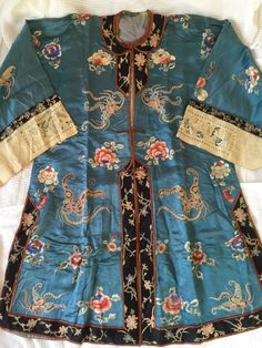 Magnificent Antique Chinese Embroidered Robe forbidden stitch silk embroidery