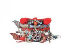Hippie Stacking Bracelet, Peace Sign, Bohemian Jewelry, Boho Fringe Cuff,  Women door peggytrue op Etsy https://www.etsy.com/nl/listing/209421202/hippie-stacking-bracelet-peace-sign