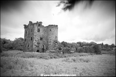 Termon McGrath Castle was built by the notorious Myler McGrath in 1611. (from Tarquin Blake's abandonedireland.com)