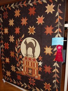 Halloween Quilts, Fall Halloween, Halloween Stuff, Halloween Ideas, Star Quilts, Mini Quilts, House Quilts, Bed Quilts, Primitive Quilts