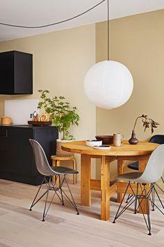 Corner Desk, Paint Colors, Dining Table, Interior Design, Lady, Kitchen, Furniture, Home Decor, Design Ideas