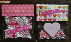Valentijnspost ideeën en inspiratie meestuurcadeautjes / valentine snailmail goodies