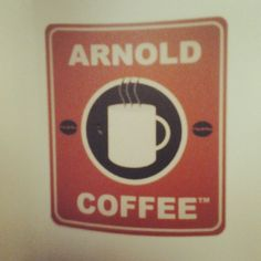 Arnold coffeeeee !! #duomo #merenda #arnoldcoffe #piazzacordusio #icecream #muffin #cookies - @itslomby_- #webstagram