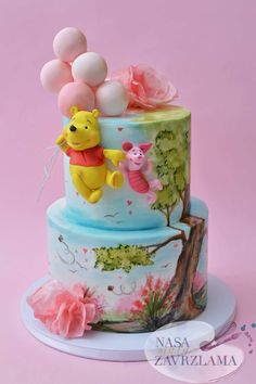 Oh yes, Hopefully you are over halfway done with the work week. Savor the day with this adorable Winnie the Pooh birthday… Winnie The Pooh Cake, Winnie The Pooh Birthday, Beautiful Cakes, Amazing Cakes, Fondant Cakes, Cupcake Cakes, Rodjendanske Torte, Inside Cake, City Cake
