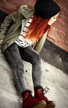 grunge outfits for teenage girls Grunge Look, Mode Grunge, Style Grunge, 90s Grunge, Hipster Fashion, Grunge Fashion, Look Fashion, Fashion Outfits, Womens Fashion