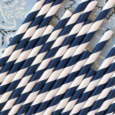 Popotes de papel azul marino