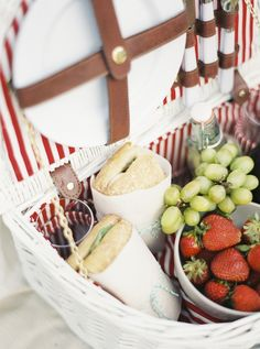 A French-inspired picnic with delicious recipes from Martha Stewart