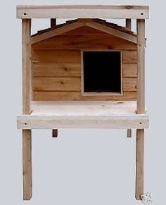 Our Cat Houses with Platform and Loft give your outside cat a place to lounge in the sun. - Large Insulated Cedar Cat House with Platform and Loft - Outside Cat Shelter, Outside Cat House, Feral Cat Shelter, Feral Cat House, Outdoor Cat Shelter, Cats Outside, Cat House Diy, Outdoor Cats, Feral Cats