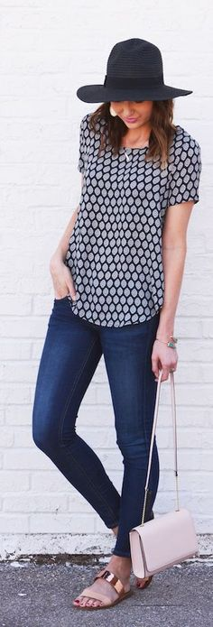 Honeycomb Print Top Outfit Idea
