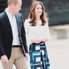 Who else loves Kate's look from today?