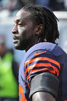Charles Tillman helps area hospitals after daughters healthcare scare!!