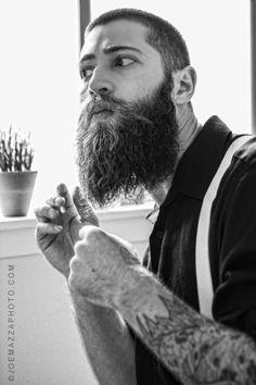 accidentalbear:  (via Photographer Joe Mazza Captures the Essence & Spirit of this Scruffy Heartthrob Matt)