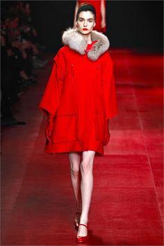 Sfilata Nina Ricci Paris - Collezioni Autunno Inverno 2013-14 - Vogue