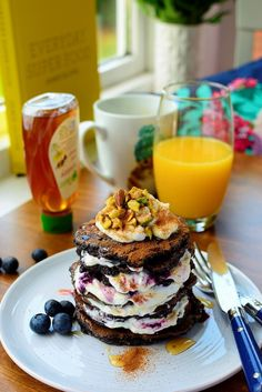 Smoothie Blueberry and Banana Pancakes inspired by Jamie Oliver's Everyday Super Food Raspberry Syrup Recipes, Banana Pancakes, Jamie Oliver, Superfoods, Recipe Box, Smoothie, Blueberry, Inspired, Cooking