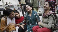 Atentado faz dezenas de mortos no Paquistão