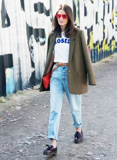 b3d784d420 How to Wear Jeans and a T-Shirt Every Single Day