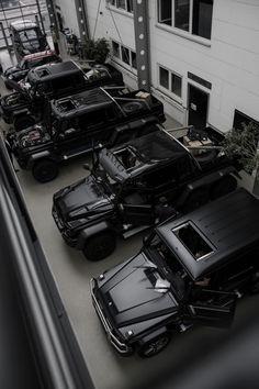 Auto Jeep, My Dream Car, Dream Cars, Mafia, Mercedes Benz Autos, Lux Cars, Car Goals, Fancy Cars, Best Luxury Cars