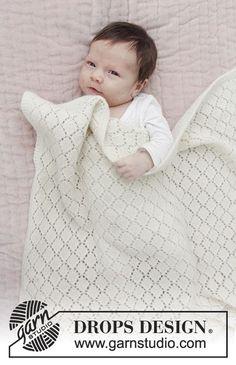 Babytæppe med hulmønster. Arbejdet er strikket i DROPS Baby Merino. Gratis opskrifter fra DROPS Design.