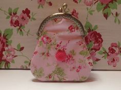 Lined purse front