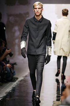 Prada   Fall 2007 Menswear Collection   Style.com