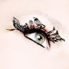 PAPERSELF false eyelashes