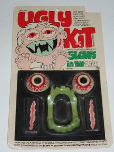 """ Ugly "" Some fiendish retro Halloween fun! Creepy Toys, Weird Toys, Creepy Movies, Vintage Games, Vintage Toys, Vintage Oddities, Halloween Masks, Happy Halloween, Halloween 2018"
