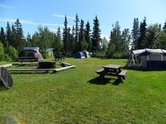 Diamond M Ranch Resort is an award-winning RV Park featuring fish cleaning stations, scenic wildlife viewing and much more. Easy day trips to Homer or Seward, fish the and explore the Central Kenai Peninsula area. Offer weekly guided razor clams digs, potluck socials, guided mountain hikes, and campfire evenings. #Alaska