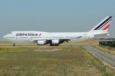 Boeing Air France f-gitd Boeing 747 400, Boeing Aircraft, Passenger Aircraft, Air France, Boeing Planes, Airplane Car, Air Photo, Private Plane, Vintage Poster