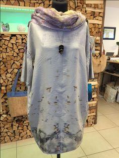 Abito di seta fatto a mano in ecoprint, foulard in feltro nuno, colorazione naturale, ecoprint
