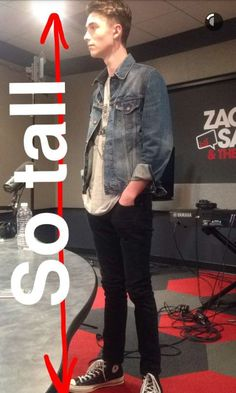 So tall now. Greyson Chance, Famous Faces, Shawn Mendes, Idol, Angel, Places, Lugares, Angels