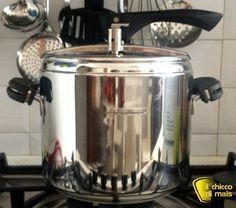 Modo e tempi di cottura nella pentola a pressione: istruzioni per l'uso e tempi di cottura nella pentola a pressione di carne, pesce, verdure, riso e legumi