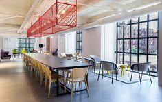 Google Campus Madrid: Cafetería - Jaula de Luz