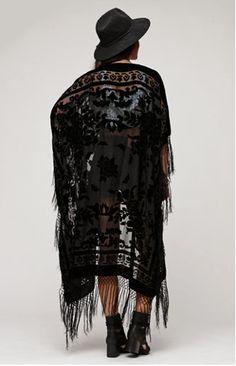 Floral Brocade Fringe Kimono - Black - Saltwater Gypsy #bohemian ☮k☮ #boho #gypsy I need this!