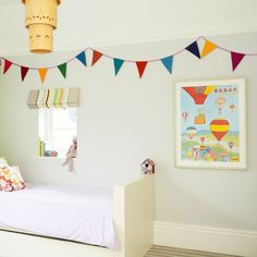 Plain child's bedroom with eyecatching accessories | Budget children's room design ideas | PHOTO GALLERY | Ideal Home | Housetohome.co.uk
