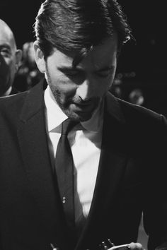 David Tennant... He looks really good in this picture