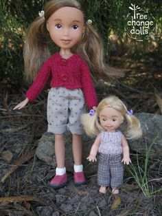 These are a one-of-a-kind, repainted, restyled, second-hand, upcycled dolls. Big sisters height is about 22.5cm with her shoes. Little sisters