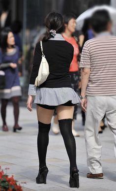 Moda Punk, Punk Fashion, Womens Fashion, Cute Socks, Great Legs, Cute Asian Girls, Tumblr Girls, Kawaii, Japanese Girl