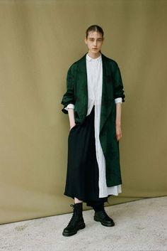 Y's Yohji Yamamoto Spring/Summer 2018 Ready To Wear | British Vogue