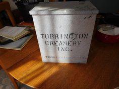 NON Weigold-1950's Torrington Conn Dairy Creamery Advertising Milk Box Milkbox