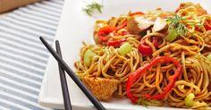 Recette de Nouilles chinoises végétaliennes aux légumes. Facile et rapide à réaliser, goûteuse et diététique. Ingrédients, préparation et recettes associées.