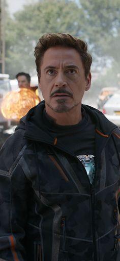 Robert Downey As Tony Stark In Avengers Infinity War 2018 Wallpapers | hdqwalls.com